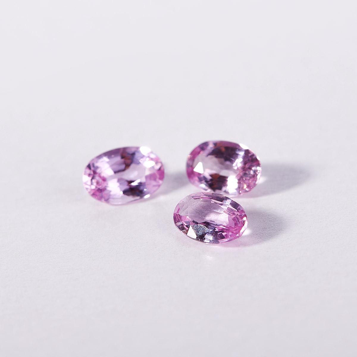 růžový safír - kamínky